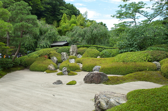 Zen temples and gardens of historic town Kamakura Full Day